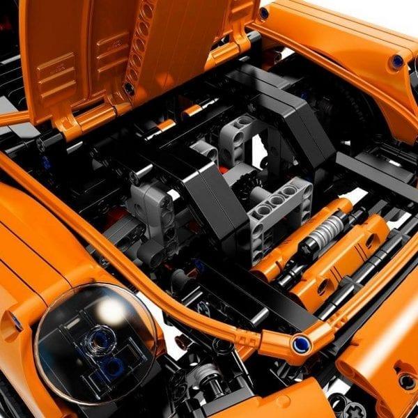 42056 - LEGO Porsche 911 GT3 RS (5)
